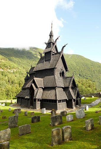 Stavkirke de Borgun in L'Ardal (Norway)