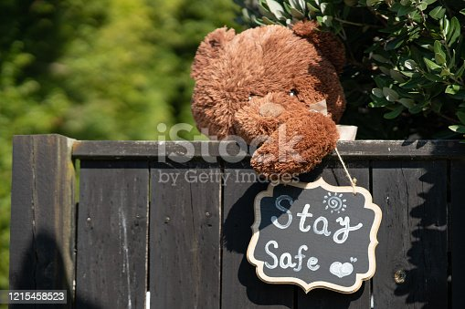 People in New Zealand using subtle messages outside of their home to convey a message of safety to fellow New Zealanders.