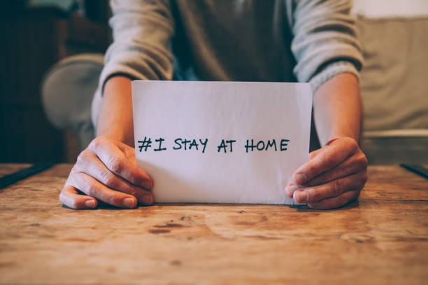 stay home,stay safe - prevenzione delle malattie foto e immagini stock