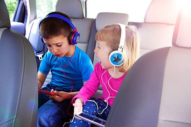 ご宿泊のお客様にも、ご旅行 - ゲーム ヘッドフォン ストックフォトと画像