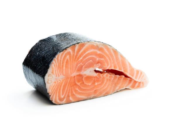 biff färsk lax isolerad på vit - lax fisk och skaldjur bildbanksfoton och bilder