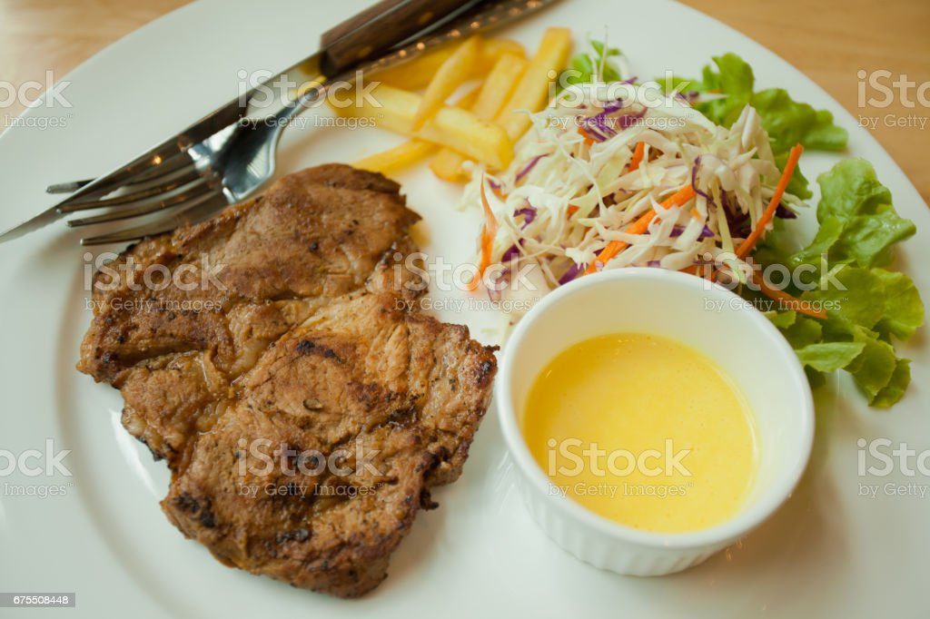 steak, viande de porc grillé photo libre de droits