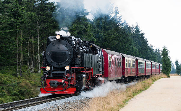 steam train from brocken station im harz - harz stock-fotos und bilder