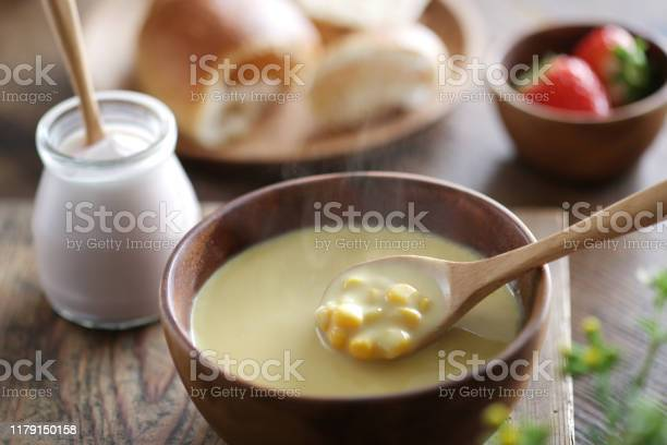 Steamed corn potage and breakfast