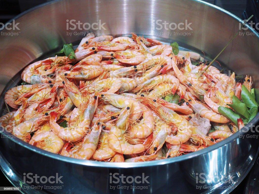 Steamed Giant River Prawn Or Big Shrimp On Tray Seafood