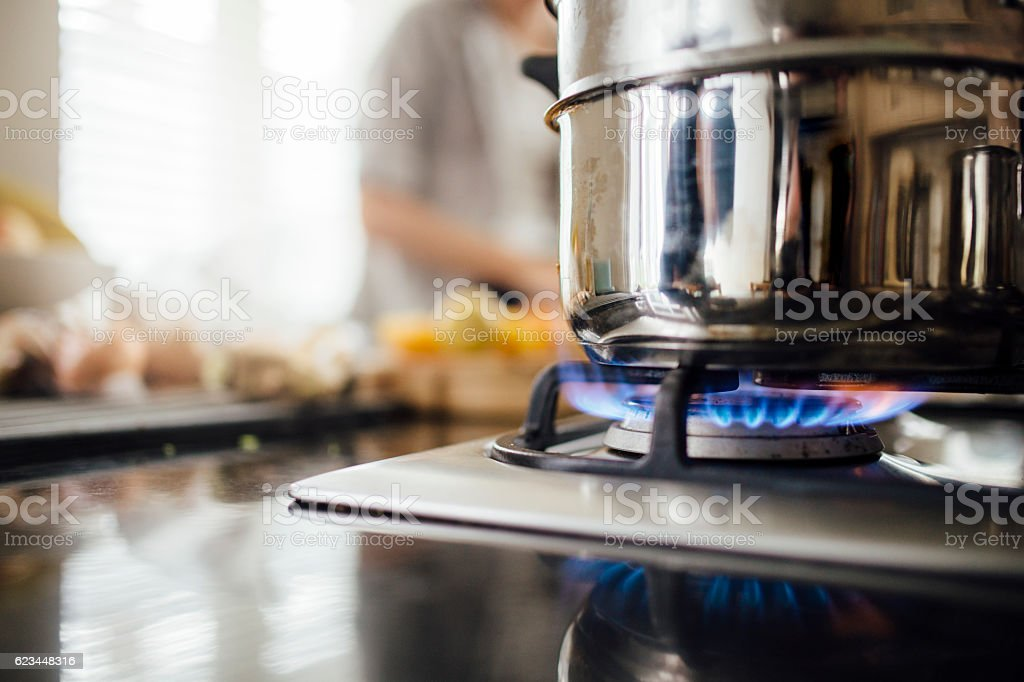 Steaming Vegetables on the Hob