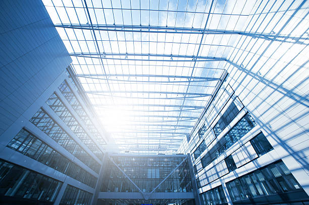 steel and glass, the squaire, frankfurt airport, rhein main flughafen - luchthaven frankfurt am main stockfoto's en -beelden