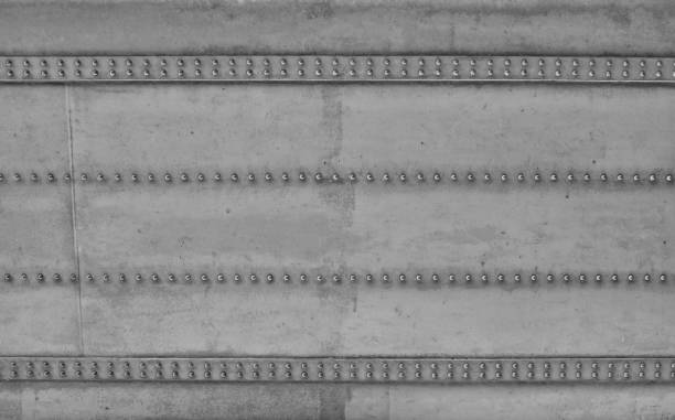 acier et rivets construction d'un pont-design industriel - poutre élément architectural photos et images de collection