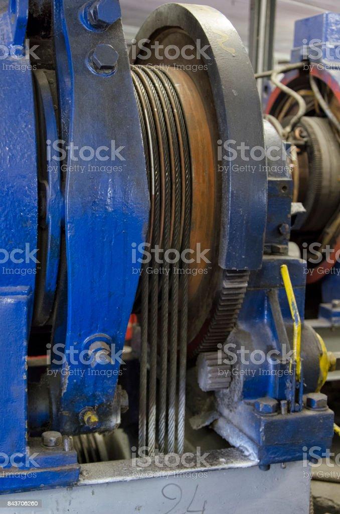Cables de acero de un motor de elevación - foto de stock