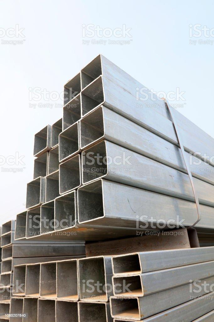 Stahl Querschnitt auf der Baustelle – Foto