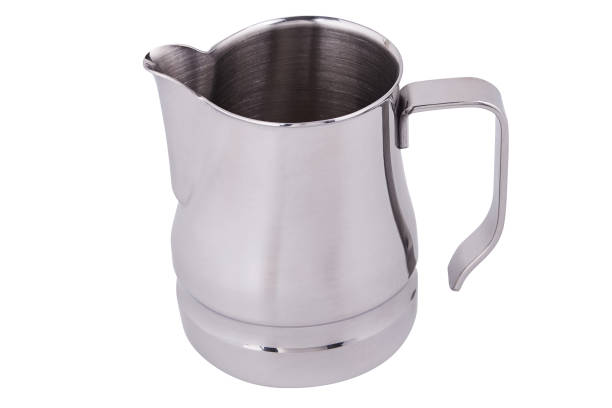 steel milk pitcher - argento metallo caffettiera foto e immagini stock