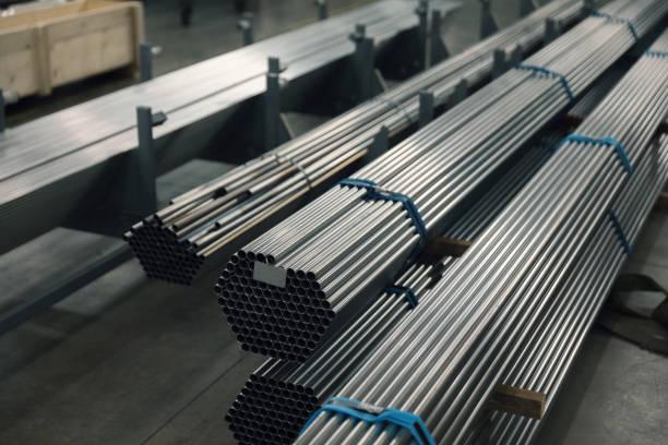 Stahlrohre auf dem Stapel – Foto
