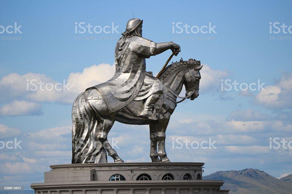 Acier Statue De Genghis Khan Photos Et Plus Dimages De 2015 Istock