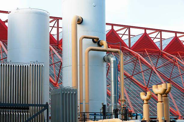 serbatoi di acciaio in moderno settore - idrogeno foto e immagini stock
