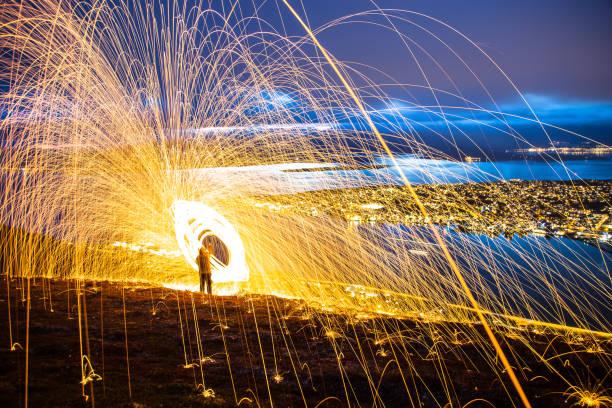 Lã de aço faíscas Tromso Noruega - foto de acervo