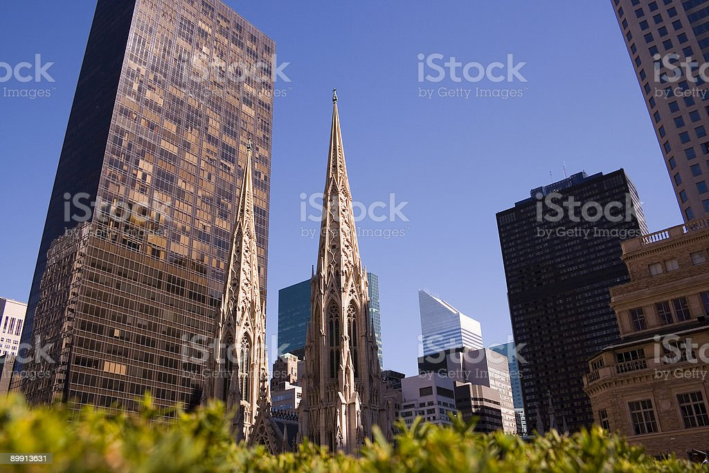 steeples of saint Patrick's cathedral in New York city royalty free stockfoto