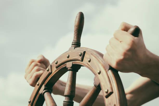 steering hand wheel ship on sky background - ster fragment pojazdu zdjęcia i obrazy z banku zdjęć