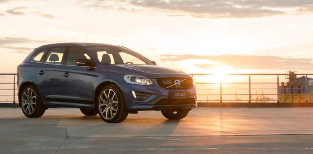 ratten för den moderna bilen volvo xc60 r-design edition - volvo bildbanksfoton och bilder
