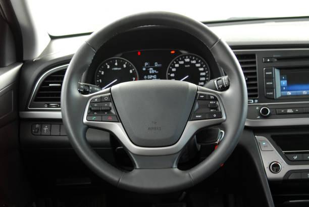 volante - volante fotografías e imágenes de stock