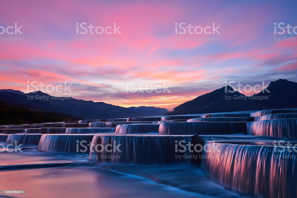 Stepped Waterfall Group at Sunrise - Royalty-free Ao Ar Livre Foto de stock