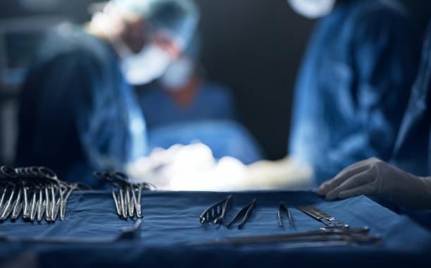 sterilized and ready for use - chirurgo foto e immagini stock