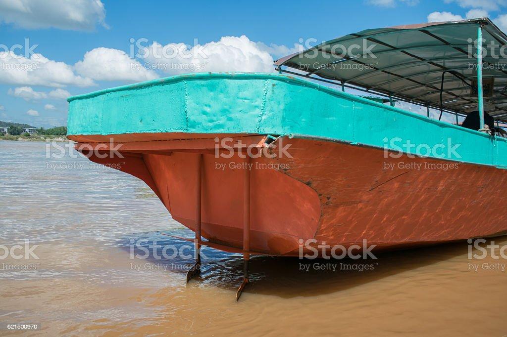 Stern of Iron transportation boat in Mae Khong River,Laos. photo libre de droits
