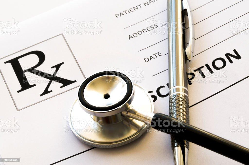 Stethoscope, medicine and pills close up zbiór zdjęć royalty-free