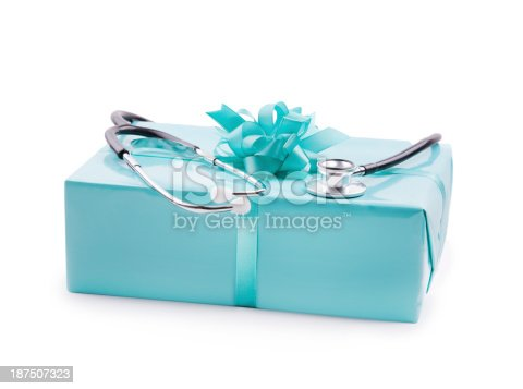 Stethoskop on a gift box
