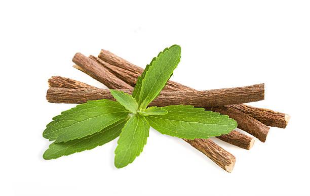 stevia e di liquirizia - liquirizia foto e immagini stock