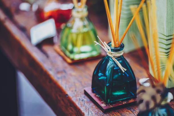 Stick-Aroma und modische Flasche – Foto