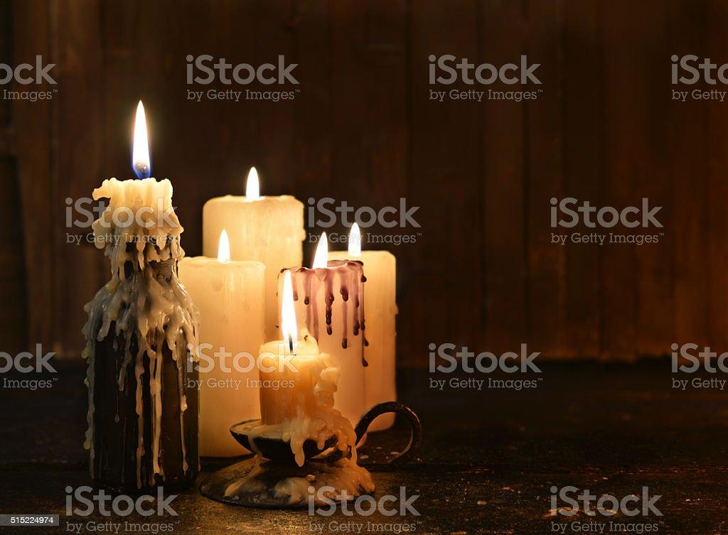Natura morta con candele e copia spazio negativo fotografie