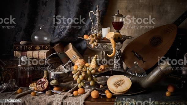 Stilleven Met Vruchten Stockfoto en meer beelden van Abrikoos