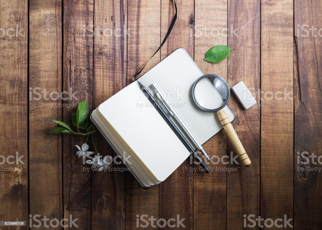 https www istockphoto com photo still life with notepad gm825866706 134022863