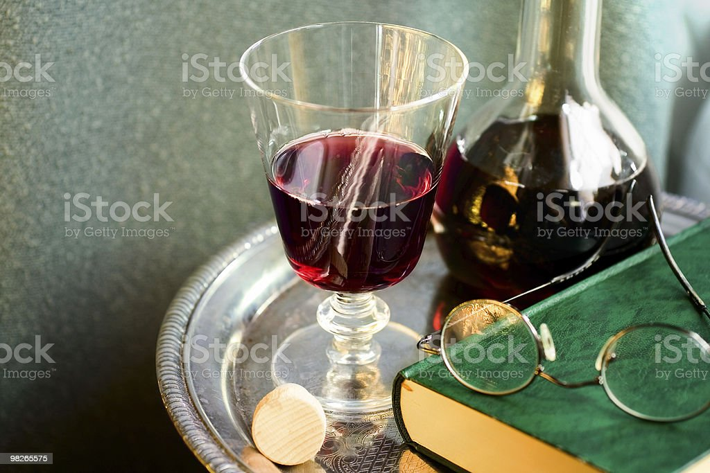 Ancora la vita con vino foto stock royalty-free