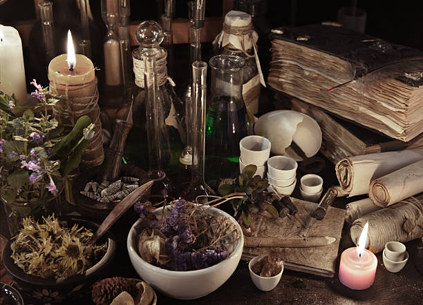 Still life with witch books, scrolls, herbs and magic objects – Foto
