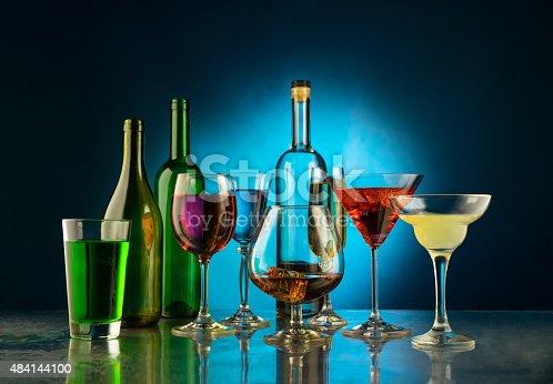 istock Still wine 484144100