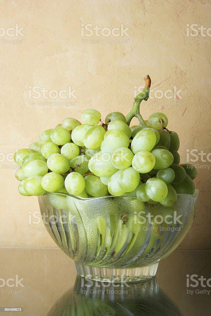 Nadal-życie z obejmującą winogron zbiór zdjęć royalty-free