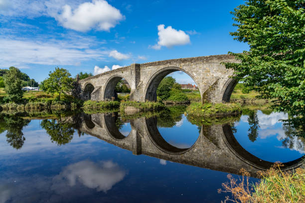 Stirling bridge in Scotland Stirling Bridge, Scotland, scene of the historic Battle of Stirling Bridge where Scots led by William Wallace defeated the English in 1297 edinburgh scotland stock pictures, royalty-free photos & images