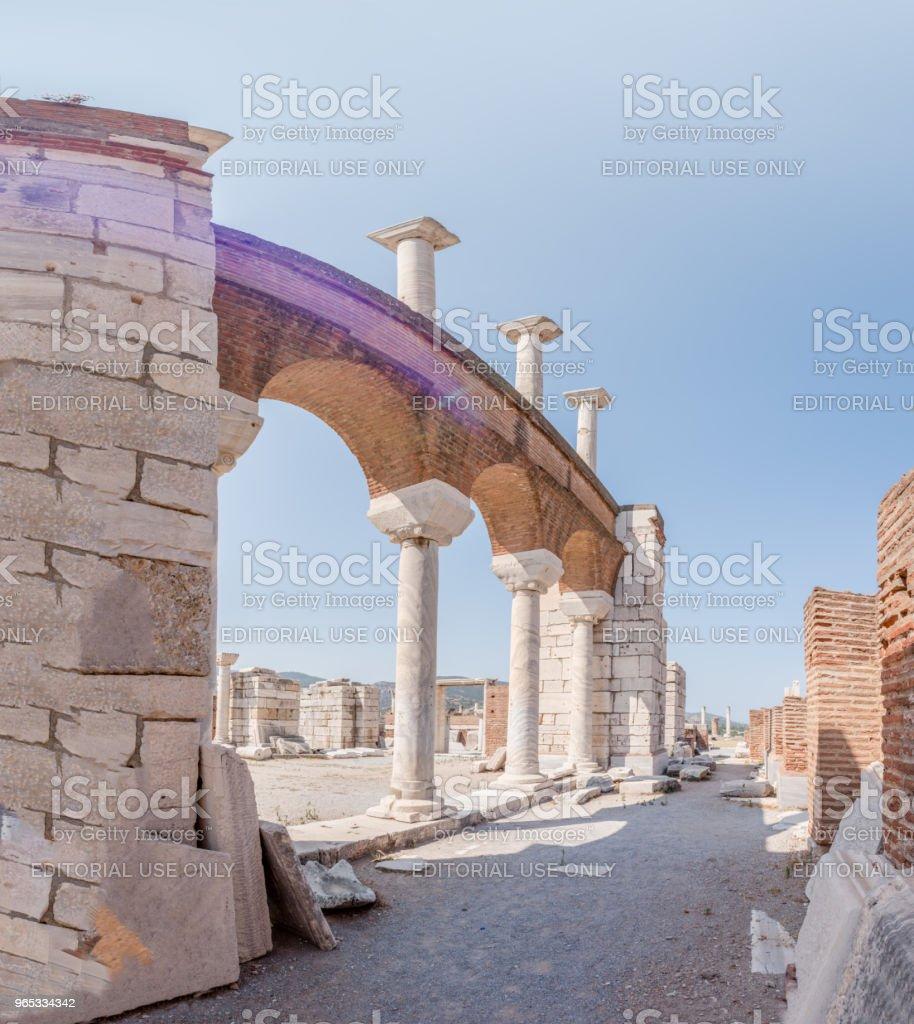 聖約翰大教堂在 Ayasuluk 山在以弗所塞爾丘克, 伊茲密爾, 土耳其。 - 免版稅亞洲圖庫照片