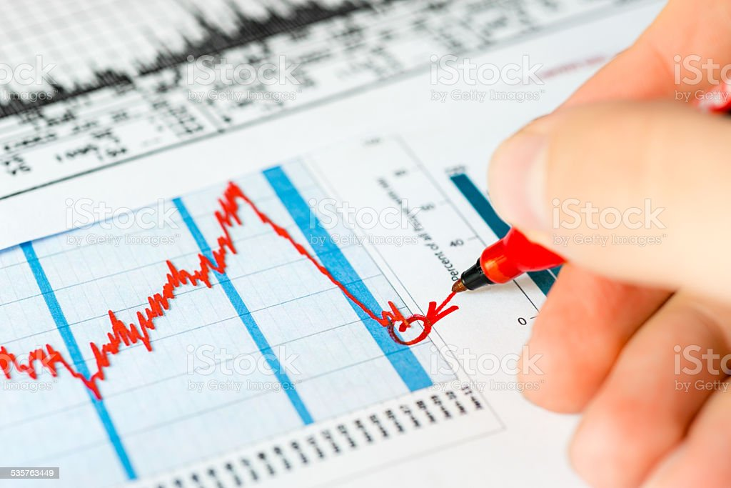 Stock market crash, analysis of the causes of the collapse stock photo
