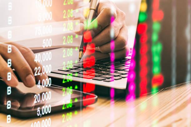 Aktienmarkt oder Forex-Trading-Diagramm und Kerzenchart geeignet für Finanzanlagekonzept. Wirtschaft Trends Hintergrund für Geschäftsidee und alle Kunstwerk Design. Abstrakter Finanzhintergrund. – Foto