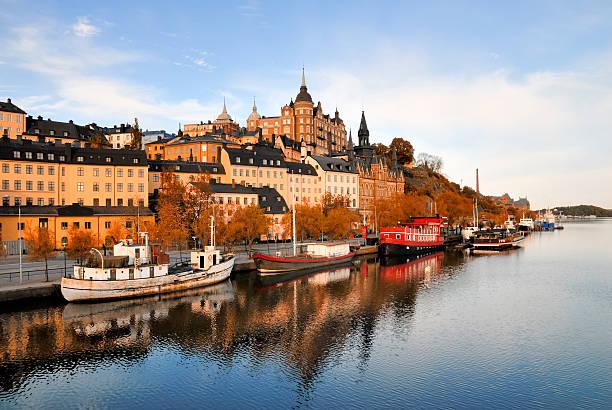 Stockholm Ufer mit Booten – Foto