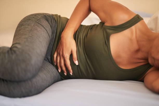 mage problem - matsmältningsbesvär bildbanksfoton och bilder