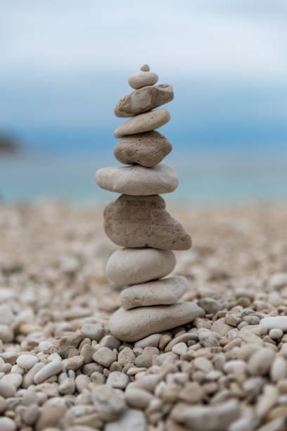Stone balancing close up – zdjęcie