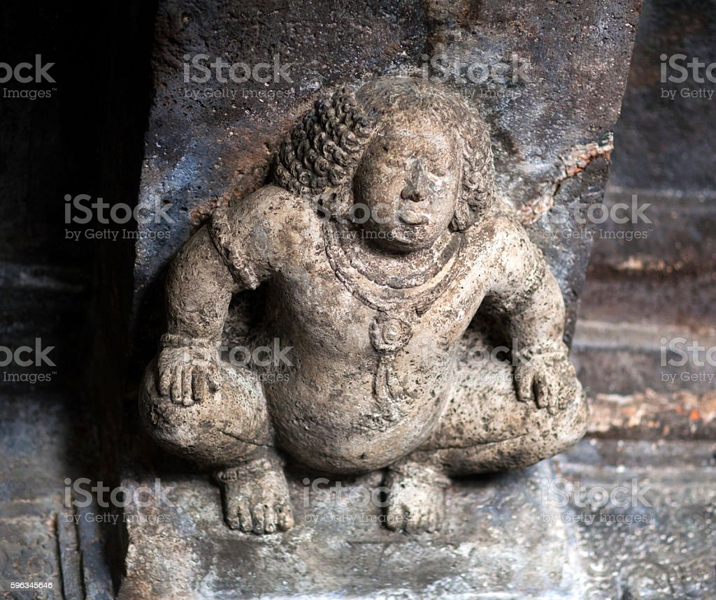 Stone figure of Bharvahaka Yaksha in Ajanta caves, India Lizenzfreies stock-foto