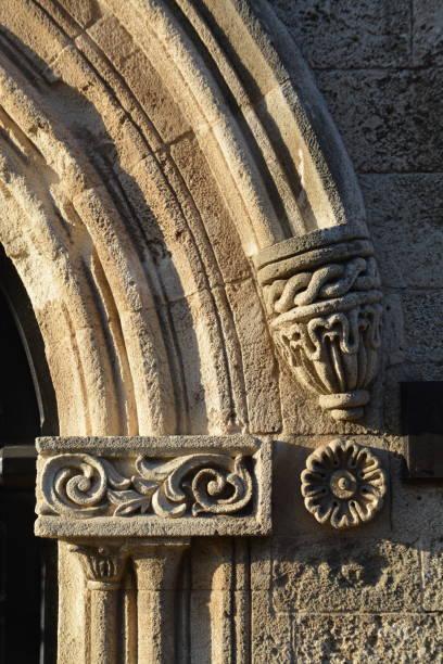 Ornamentos en piedra - foto de stock