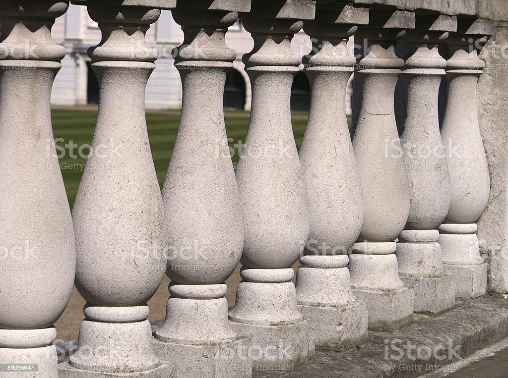 Balaustrada detalles en piedra foto de stock libre de derechos