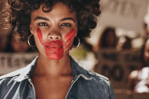 stop domestic violence and abuse on women - violenza donne foto e immagini stock