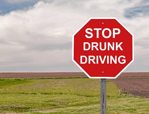 Parar de dirigir embriagado - foto de acervo