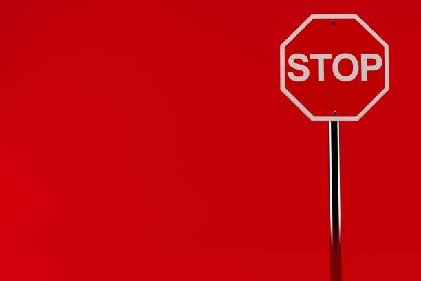 señal de parada - stop sign fotografías e imágenes de stock
